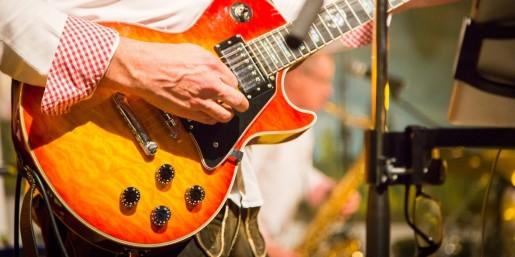 LIVE-Band & DJCharly